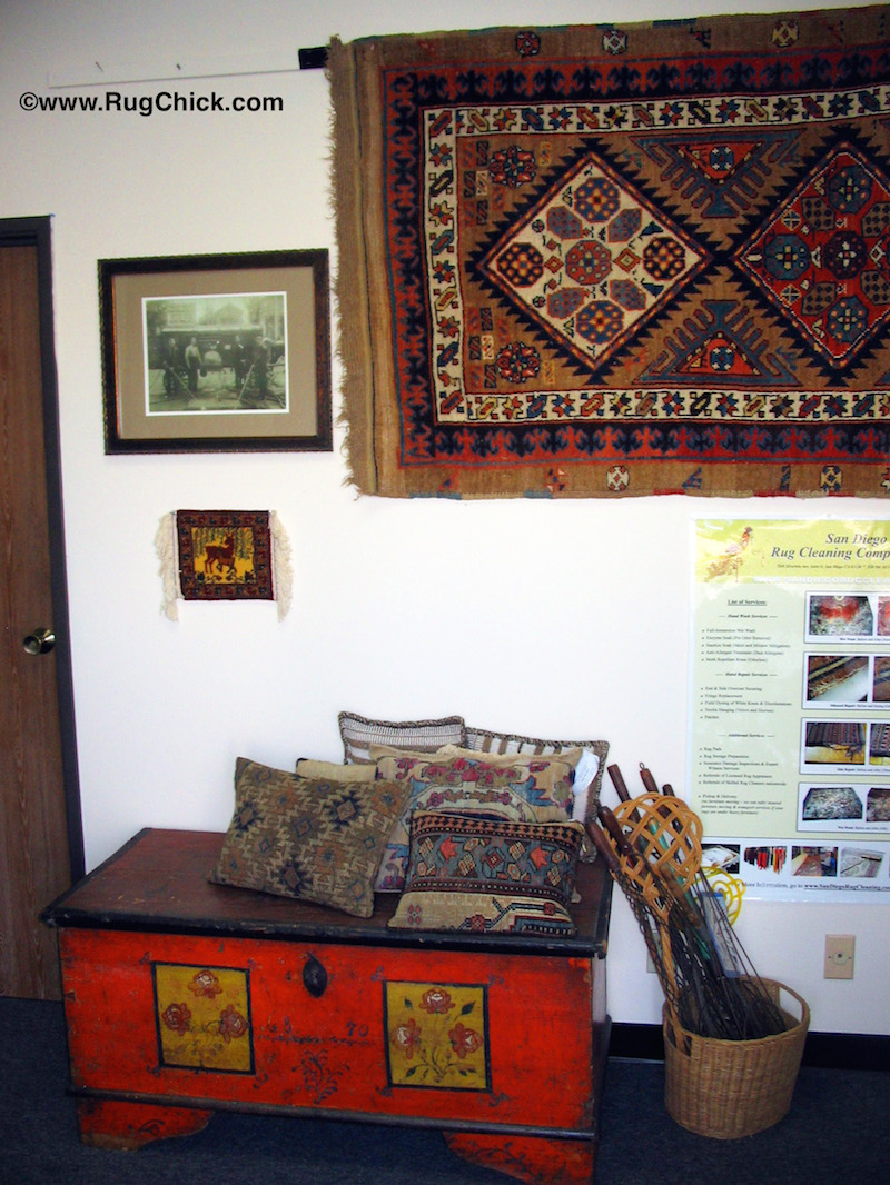 Rugs on the wall must also be dusted.